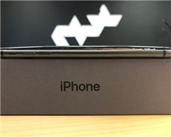 More Reports Surface of iPhone 8 Plus Devices Splitting Open