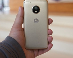 Samsung Trolled Apple, and Now Motorola is Mocking Both of Them