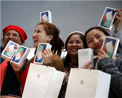 iPhone Sales Could Shrink By 17% If Apple Doesn't Make A Drastic Change to Its Business