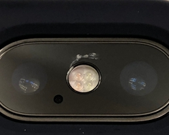 Growing Number of iPhone X Users Report Easily Cracking Camera Lens