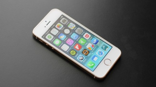 Apple Cut Down the Price of iPhone5s by 43% in India