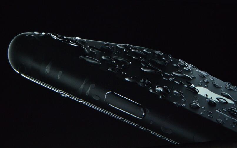 5 Things to Do If Your iPhone 7 Gets Wet