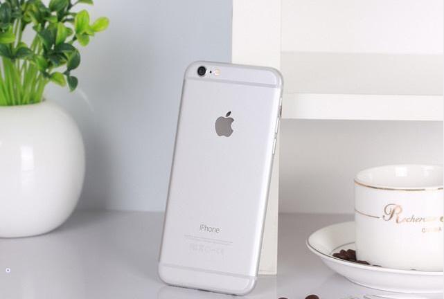Dongle Dilemma Provokes Apple Price Cut