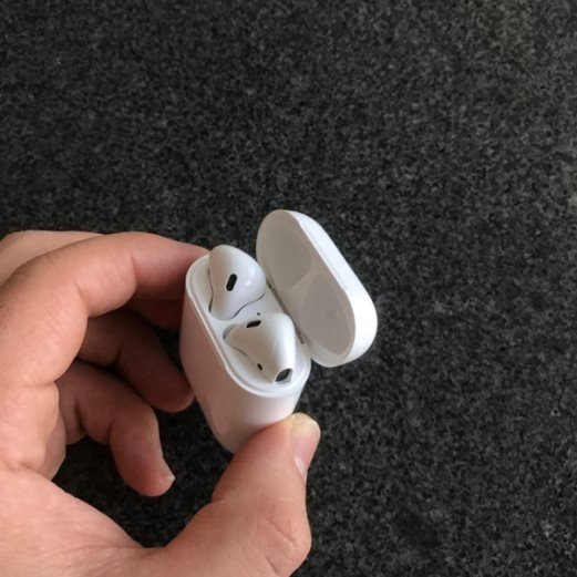 How to Pair Apple AirPods With Other Bluetooth Device?