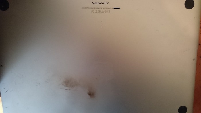 MacBook Pro Retina, The Battery Catches Fire And Explodes