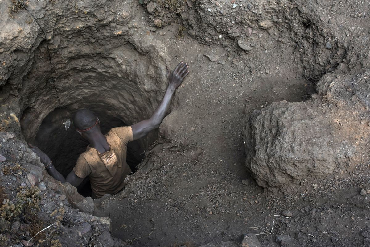 Apple Buys A Key iPhone Component From Brutal Congolese Mines
