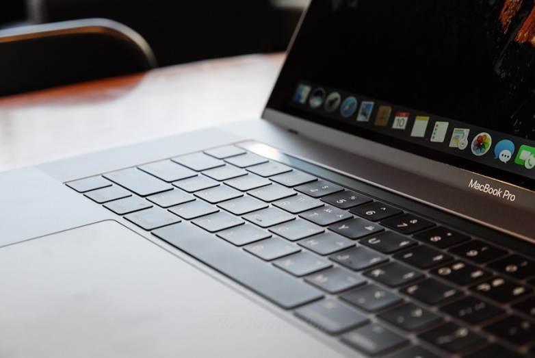 The MacBook Pro's Touch Bar Is Probably Coming To Apple's iMac