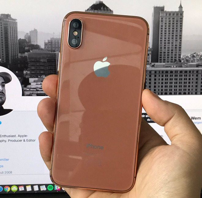 'iPhone 8' Dummy Unit shows Off Alleged Gold/Copper Color
