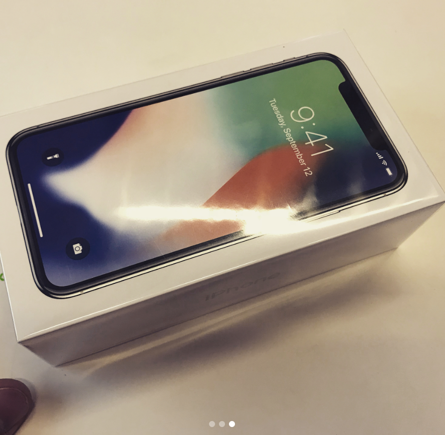 New Video & Images Offer Look at iPhone X Packaging & Unboxing