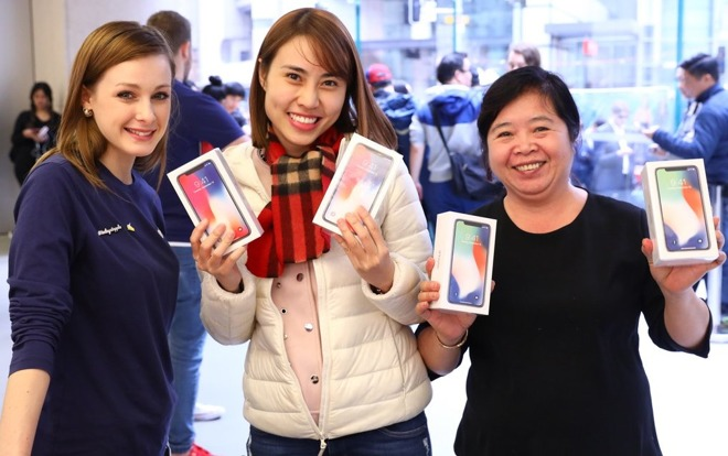 First iPhone X Orders Start Arriving to Customers in New Zealand