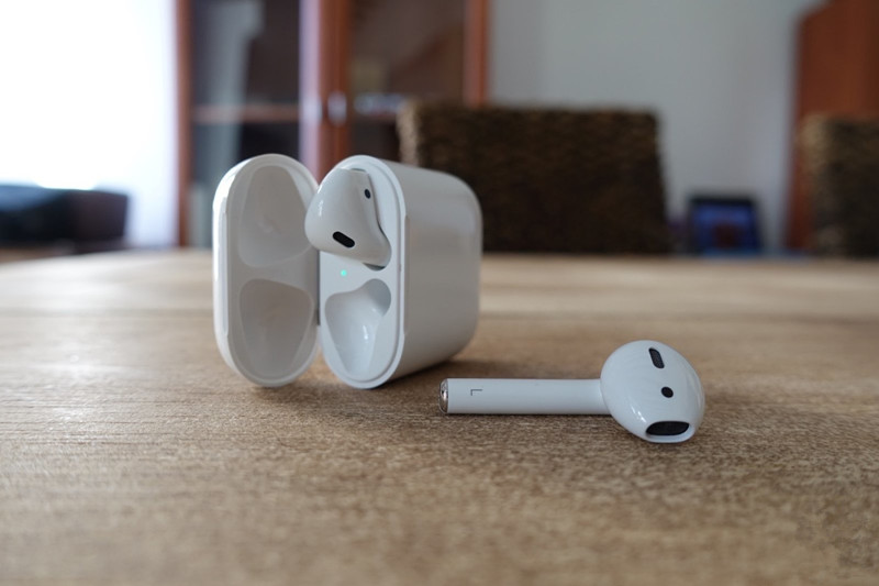 AirPods Sold out From Apple, Frustrating Last-minute Holiday Shoppers