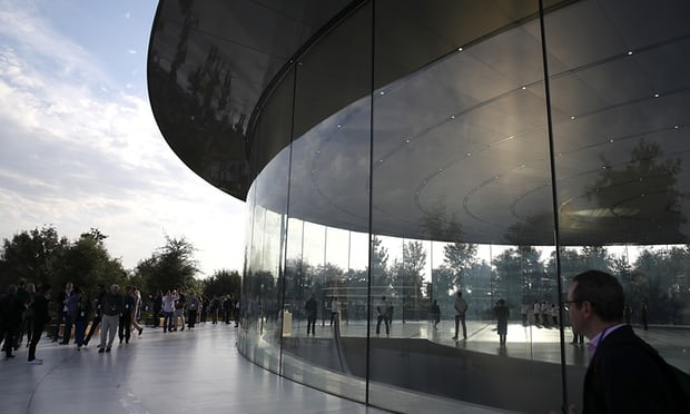 Three Apple Workers Hurt Walking into Glass Walls in First Month at $5bn HQ