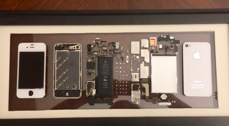 This Guy Took Apart his Broken iPhone 4 and Framed it