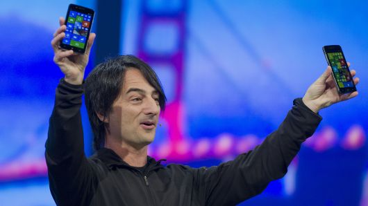 Microsoft Recommends Switching to iPhone or Android as it Prepares to Kill off Windows Phones