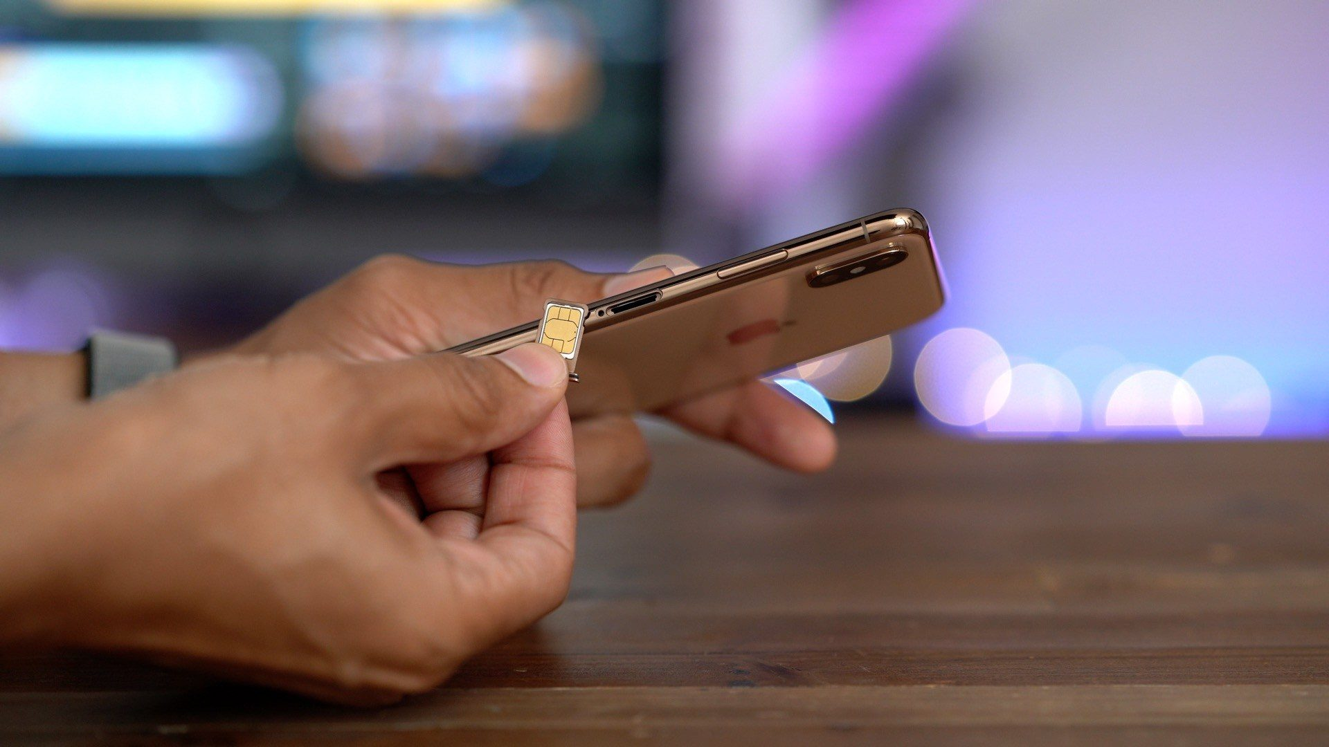 T-Mobile Expands iPhone XS and iPhone XR Support for eSIM to Postpaid Plans