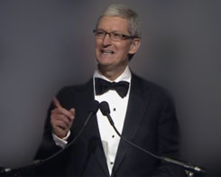 Tim Cook to Receive Newseum's Free Expression Award