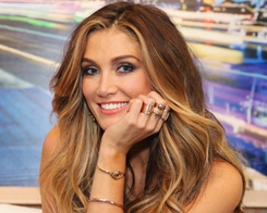 Delta Goodrem Apple ad Criticised for Setting 'Bad Example'