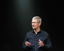 Tim Cook Says he Stands Behind the 250 Dreamers Currently Working for Apple
