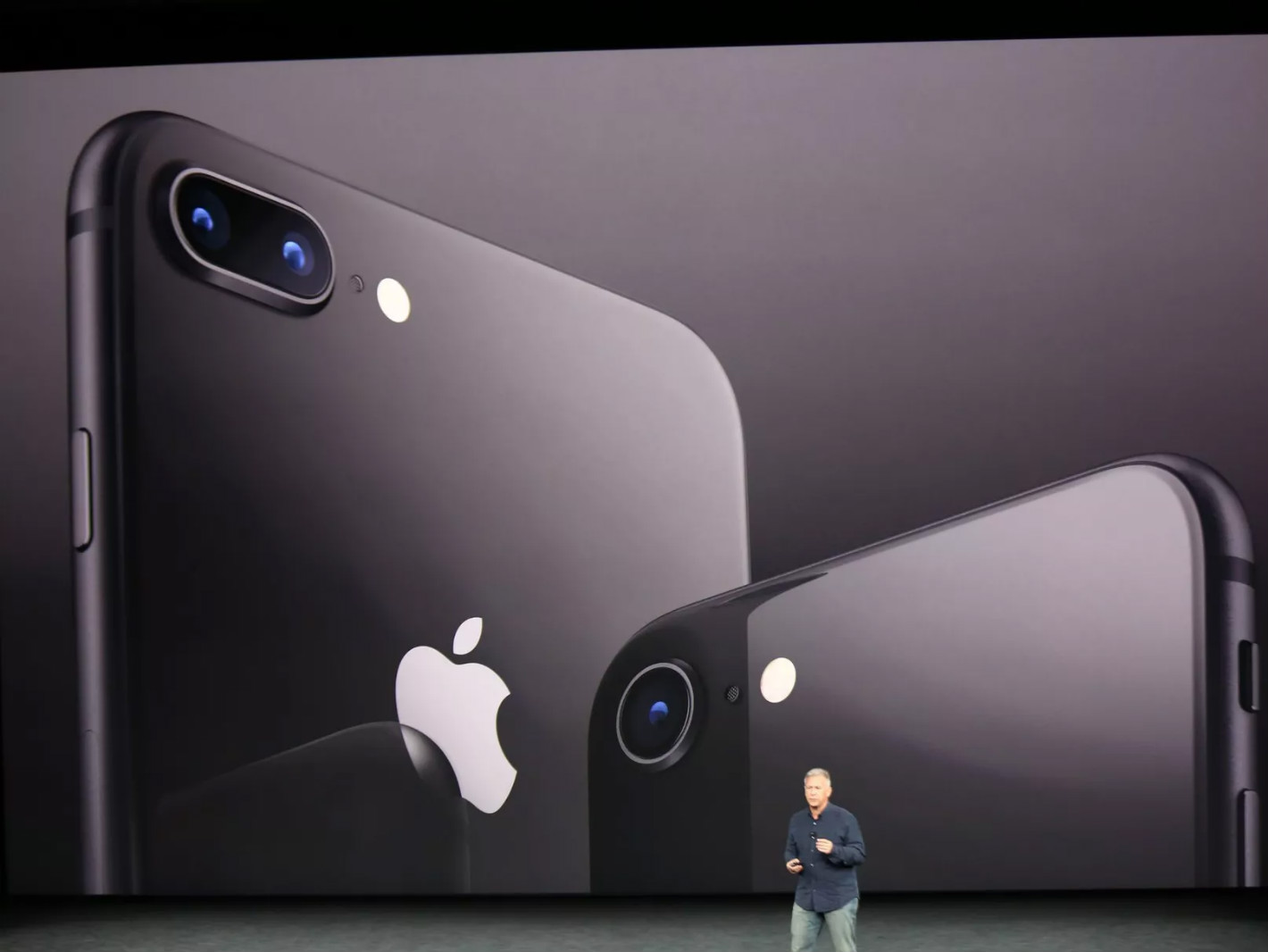 iPhone 8 and 8 Plus Announced with Glass Back