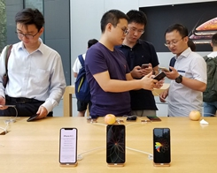 A Report Suggests Most iPhones in China Bought by the 'Invisible Poor'
