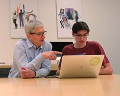 Apple's Tim Cook Meets WWDC 2019 Scholarship Winner