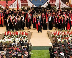 Stanford Graduation Brings Tim Cook To Podium