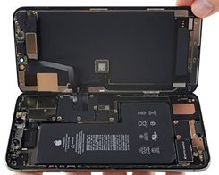 iPhone 11 Pro Max Hardware Points to Latent Bilateral Charging Functionality