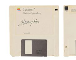 Floppy Disk with Steve Jobs' Signature Valued at $7,500